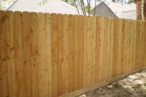 dog-eared cedar fence with base